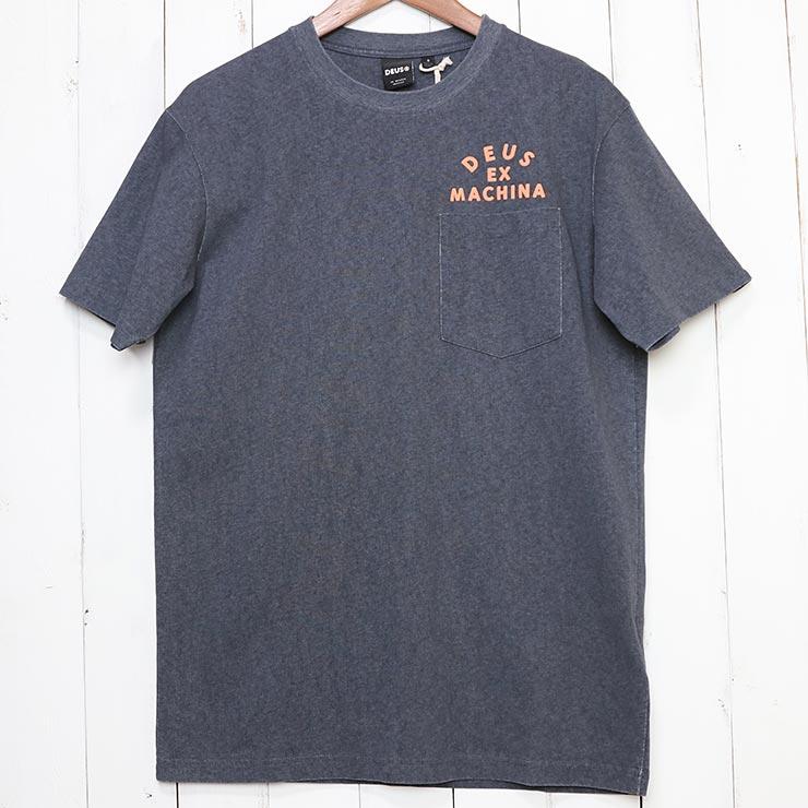 [クリックポスト対応] Deus Ex Machina デウス エクス マキナ ROLLER MILAN ADDRESS S/S TEE ポケット付き半袖Tシャツ DMS91311B