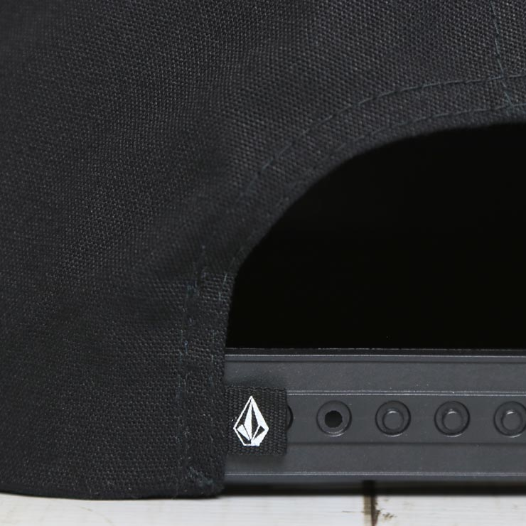 【送料無料】 VOLCOM ボルコム HURRICANE CAP スナップバックキャップ D55118H3