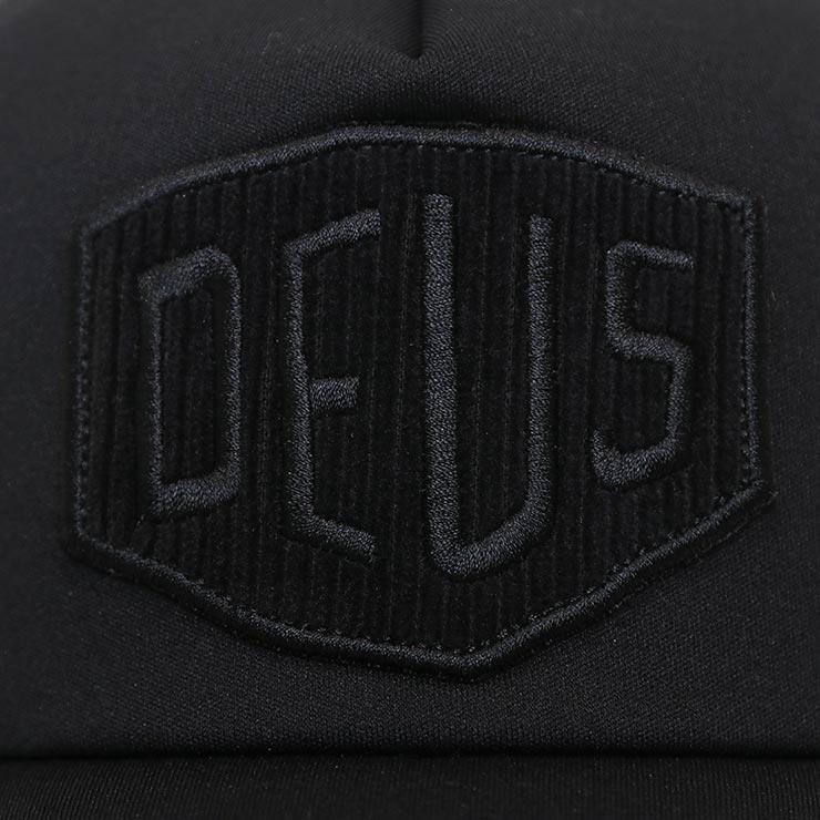 【送料無料】Deus Ex Machina デウスエクスマキナ HAYWARD SHIELD TRUCKER CAP メッシュキャップ DMA207536