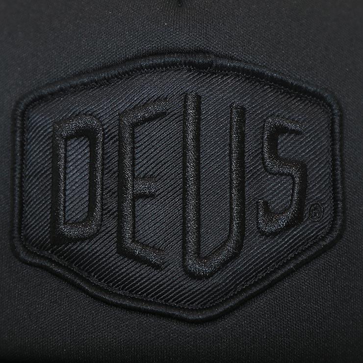 【送料無料】 Deus Ex Machina デウスエクスマキナ BAYLANDS TRUCKER CAP メッシュキャップ トラッカーハット DMS07875
