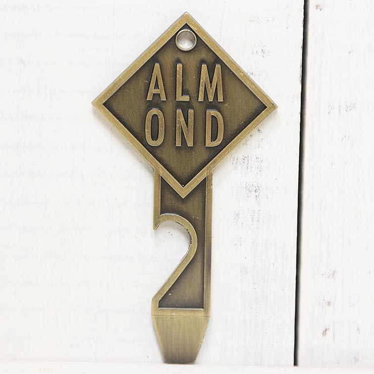 [クリックポスト対応] ALMOND SURF アーモンドサーフ FIN KEY BOTTLE OPENER キーリング