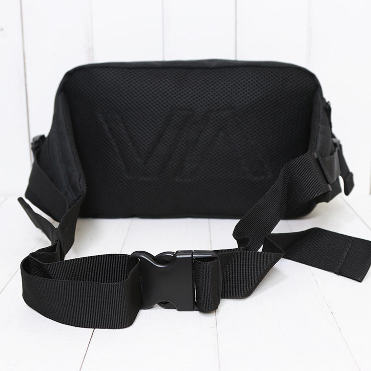 【送料無料】 RVCA ルーカ DELUXE HIP BAG  ヒップバッグ ボディバッグ MATV3RWD [FB]