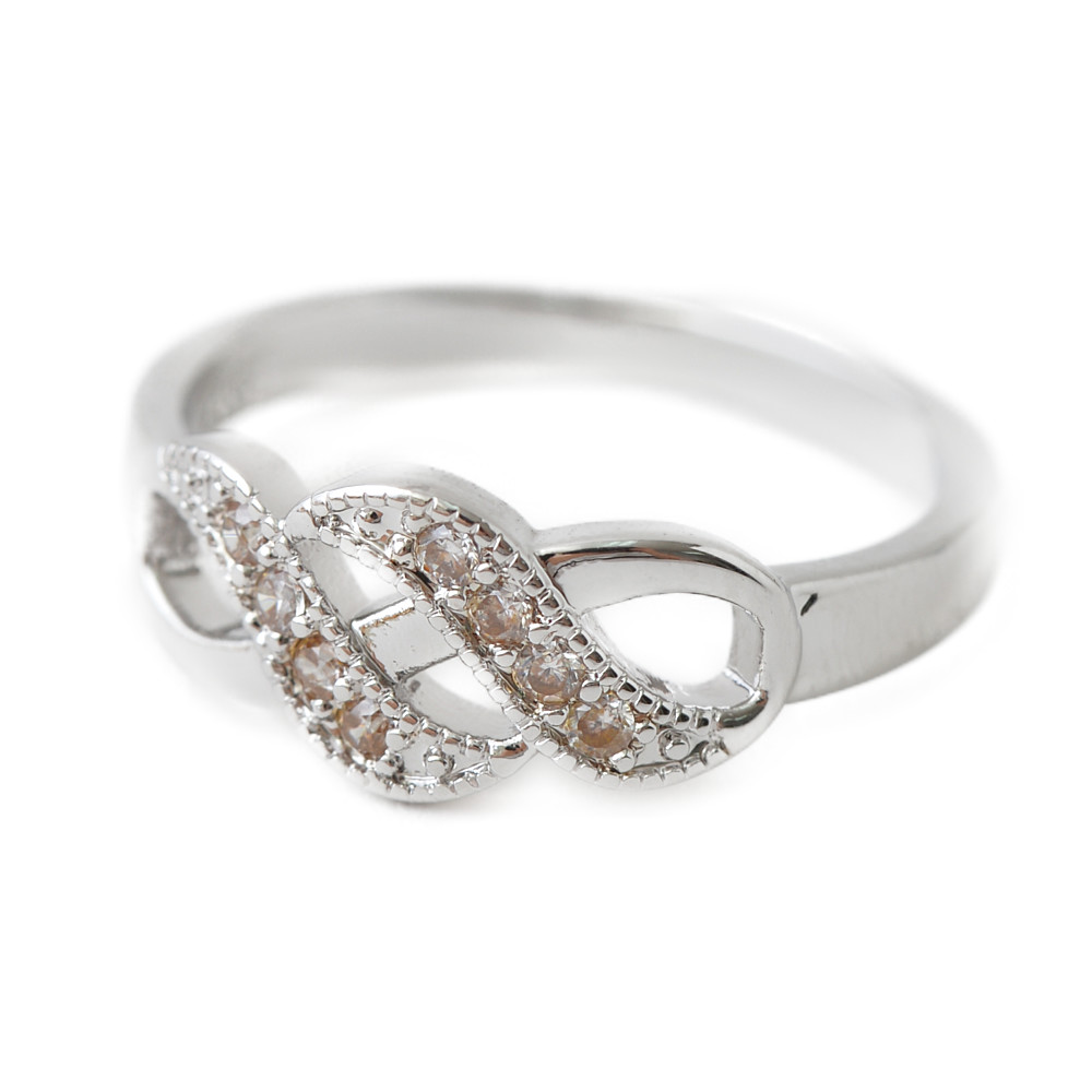 シルバーカラーのエレガントデザインリング 指輪 N
