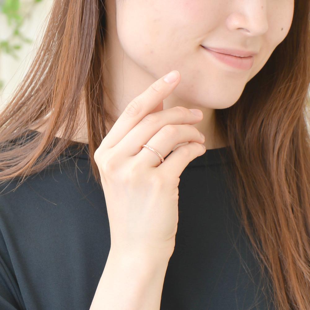 ピンクゴールドのキュービックジルコニアリング 指輪 N