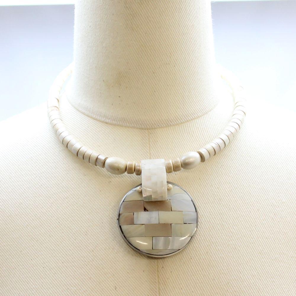 天然素材 シェルトップのチョーカーネックレス 3色 N