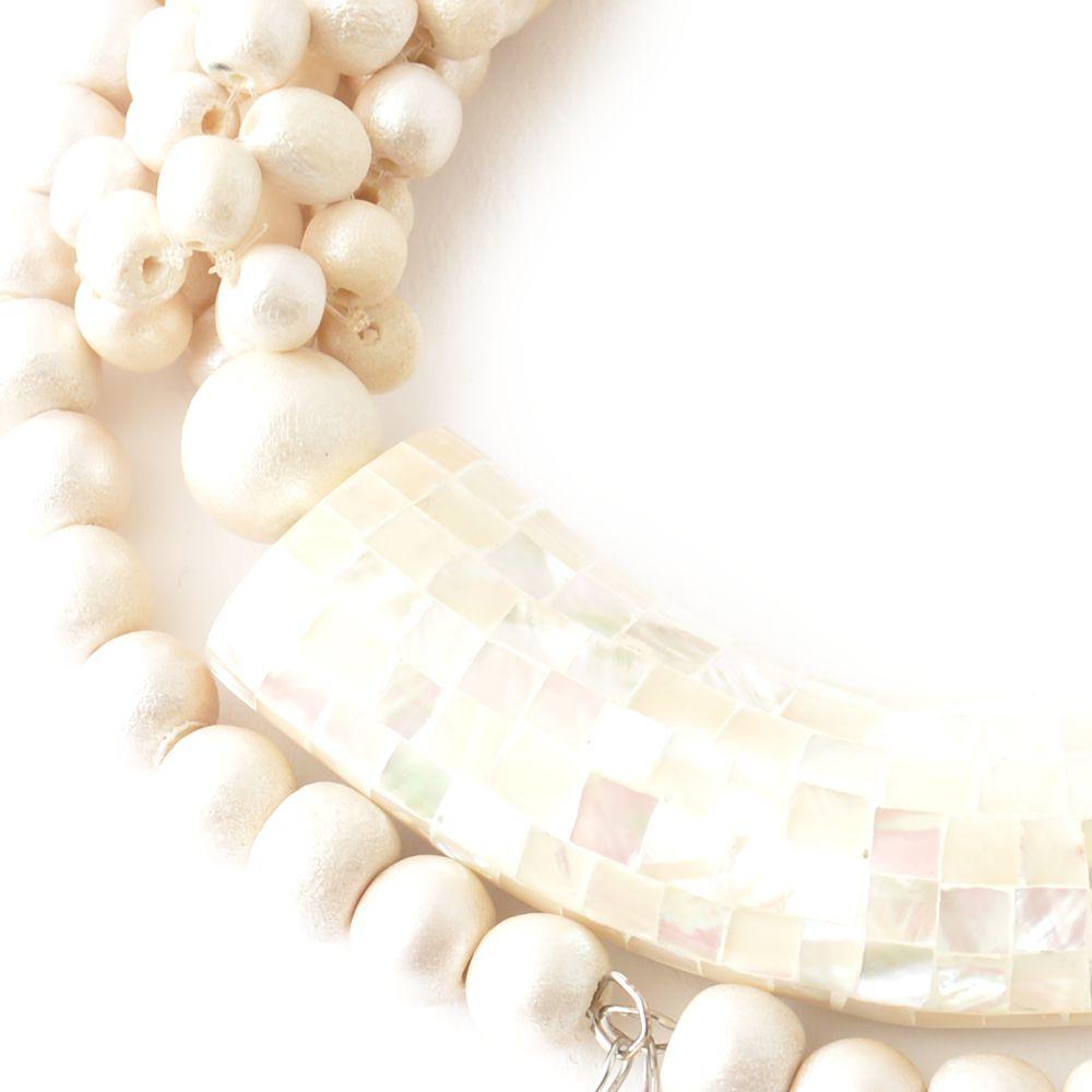 天然素材 モザイクシェルとウッドのホワイトチョーカーネックレス N