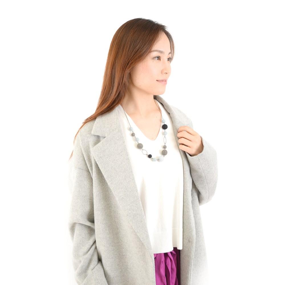 メタルと羊毛フェルトのネックレス