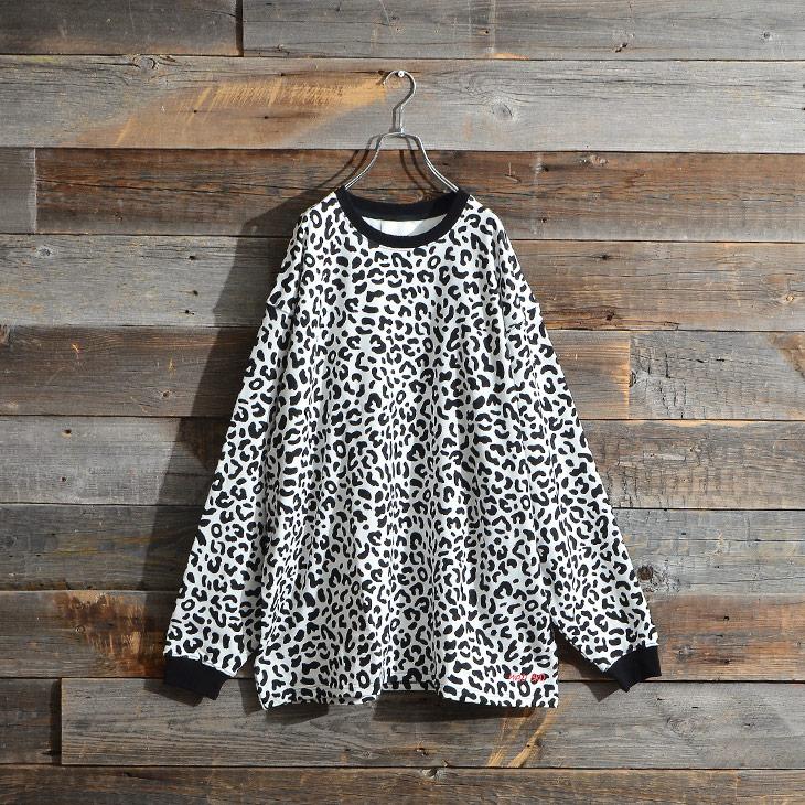 Leopard total pattern Sweatshirt