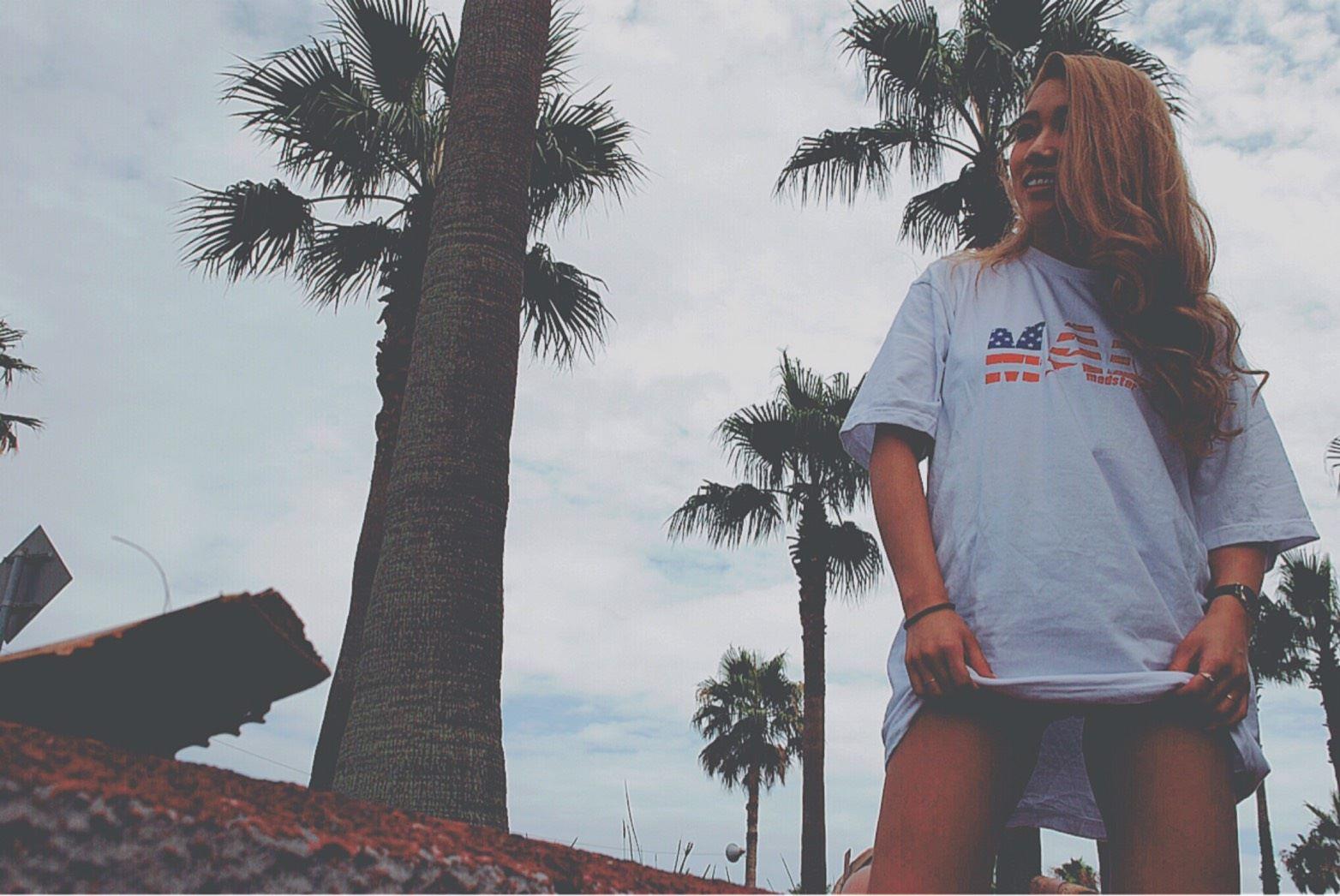 【新作】MS17TS002 MAD AMERICAN FLAG PRINT T-shirts