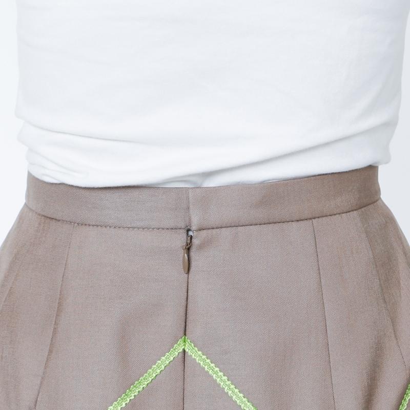 銀座マギーオリジナル/胸当て付きブレードデザインスーツ[全2色]
