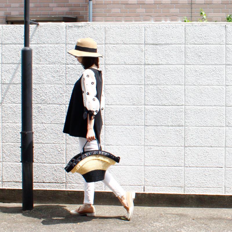 【銀座マギー別注】フラワー スリーブ カットソー ブラウス[ブラック×ホワイト]