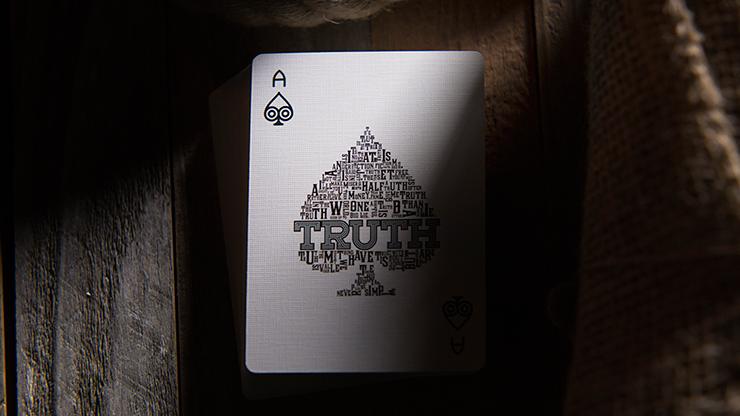 【特価】Truth Playing Cards (Lies are Convenient)