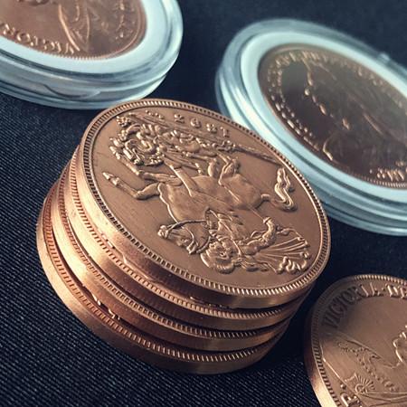 クイーン・ビクトリア銅貨(モルガンサイズ) / Queen Victoria Ancient Coin (Morgan Dollar Size)