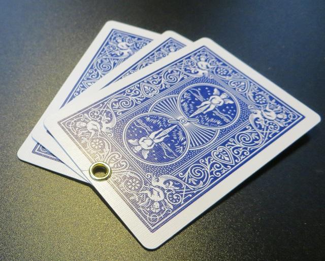ハッセルのハトメカード(工具一式付き)