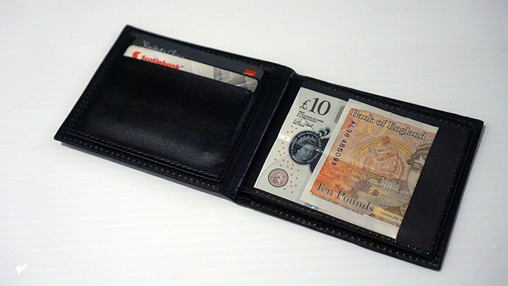 The WEISER WALLET/ウィザーワレット
