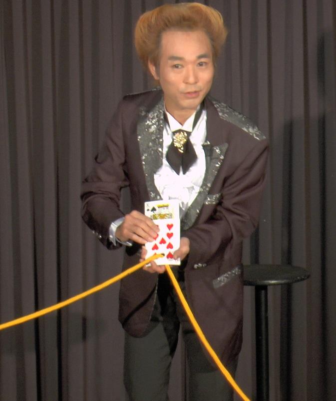 ホール・ペネトレーションカード(セミジャンボサイズ)