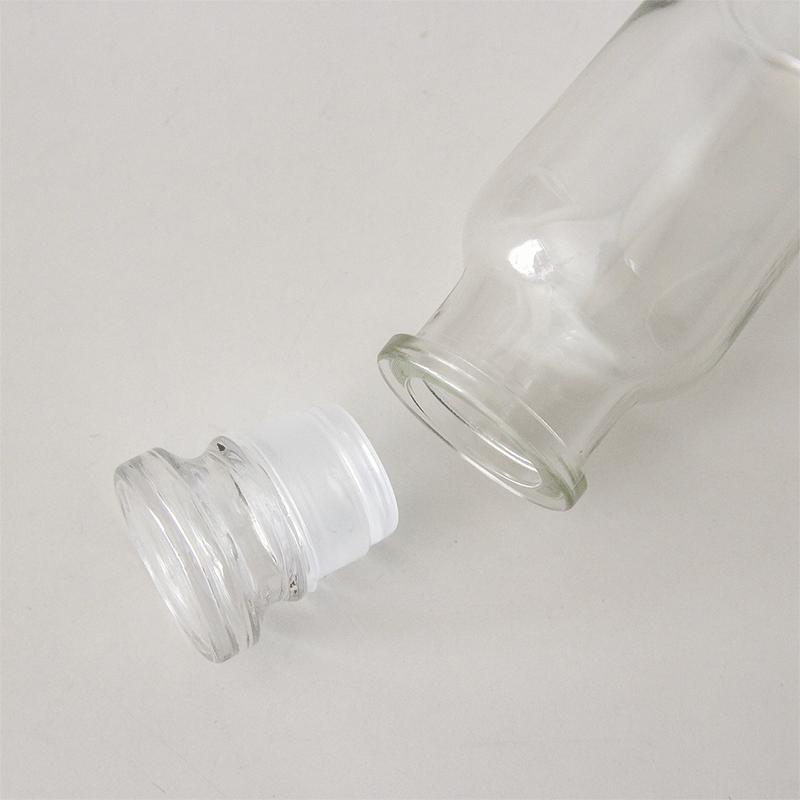 スパイスボトル