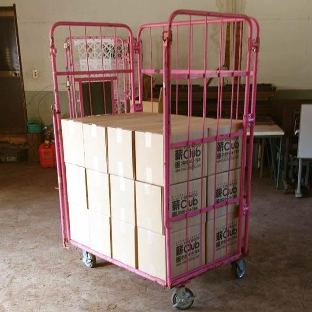 ナラ乾燥薪21cm大中割 12kg×24箱(288kg)|日祝配達不可|時間帯指定不可|代引不可