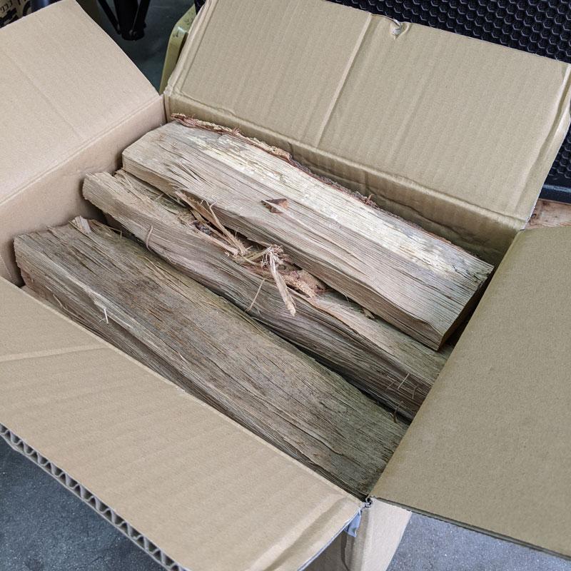 ナラ乾燥薪36cm大中割 Sボックス