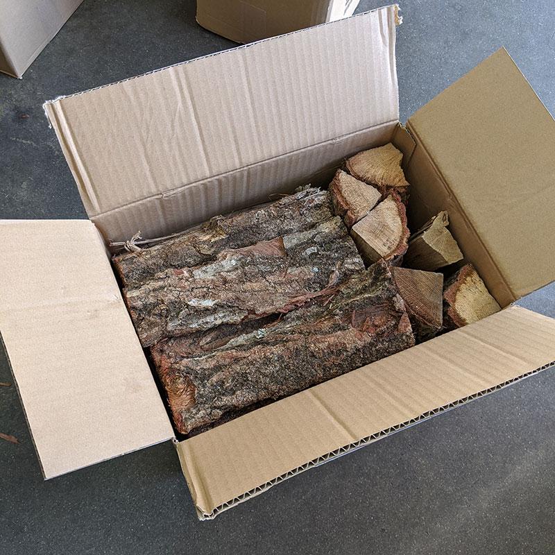 ナラ乾燥薪26cm大中割 Sボックス