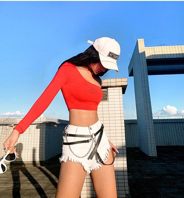 ダンス衣装 セクシー ダンス 衣装 ダンスウェア ダンスウエア 舞台衣装 ショートパンツ デニムパンツ 白 レッド 赤【dance-8345】