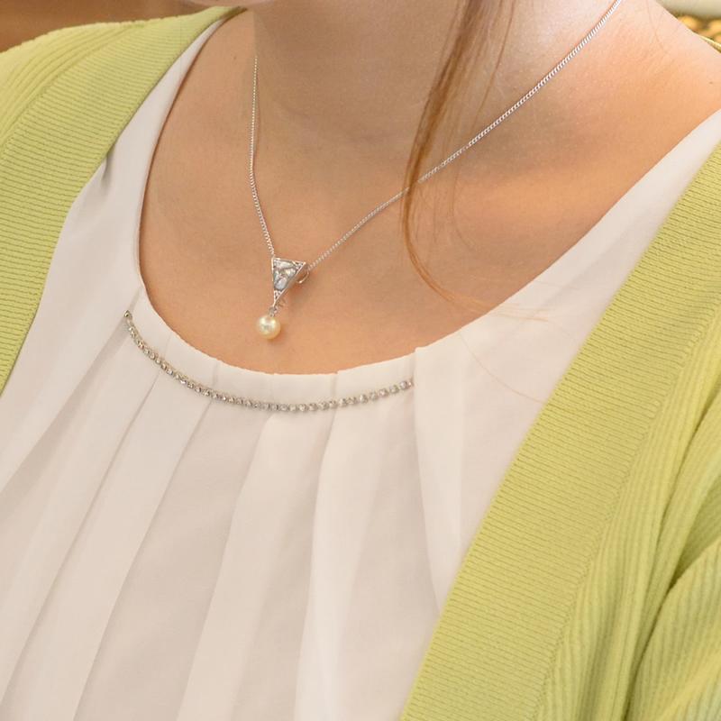 オリジナルあこやケシとイエローパールの三角モチーフのペンダント【あこや真珠】silver925製