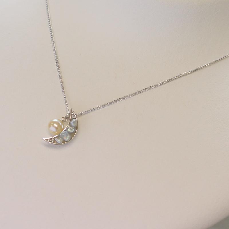 【送料無料】オリジナルあこやケシとイエローパールの月モチーフのペンダント【あこや真珠】silver925P製
