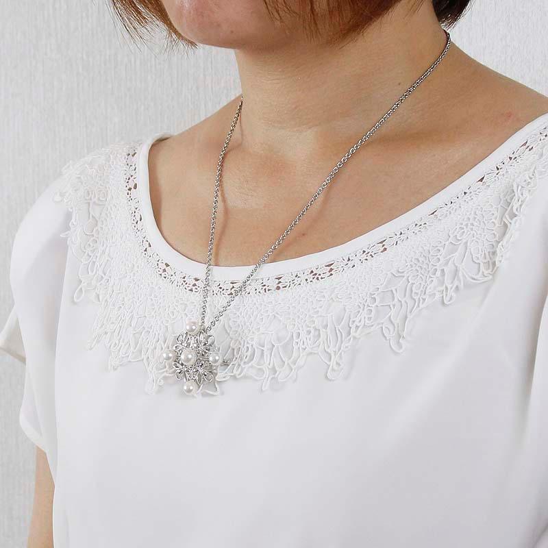 贅沢までの極上パールの輝きがお洋服とご自身の風格を纏わせるアンティーク調のブローチ兼クリッカー式ペンダント【あこや真珠】受注生産