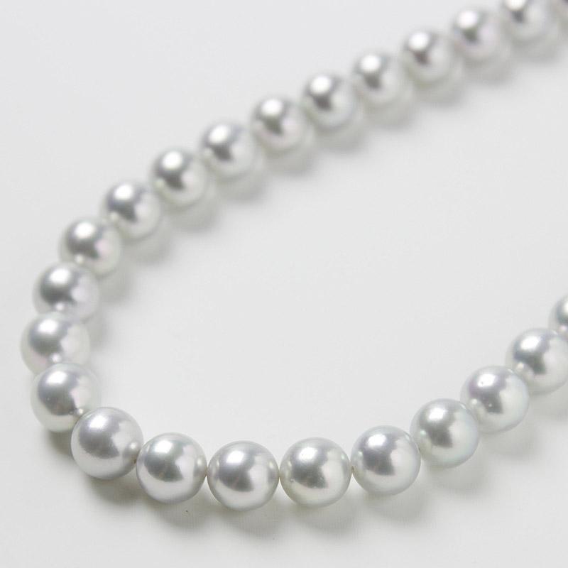 存在感溢れる、光沢がでたグレー系パール9mm−9.5mmお値打ちネックレス 。不祝儀やお洒落使いにも活躍 40歳からの二本目やプレゼントにお勧め…お洒落な留め金マグピタ付き【あこや真珠】
