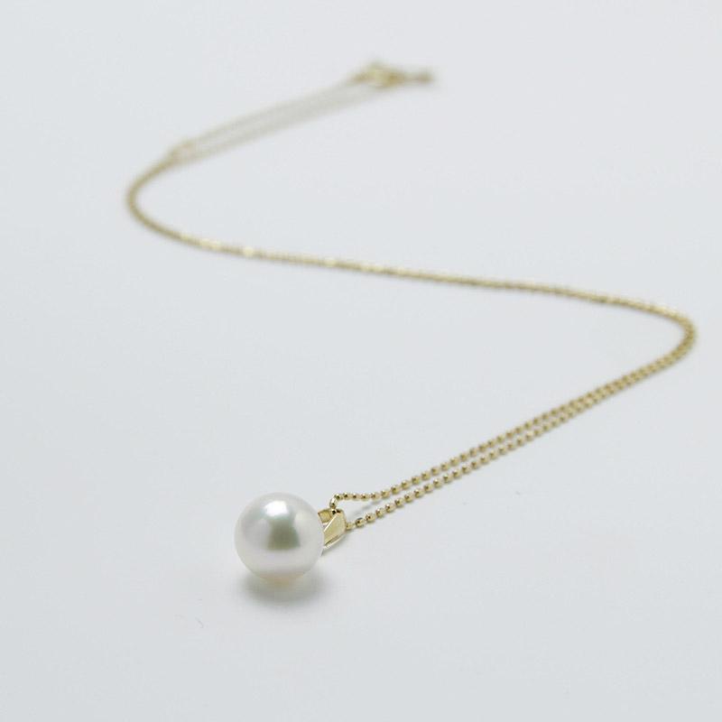珠玉の8mmの一粒真珠ペンダントK18 【あこや真珠】