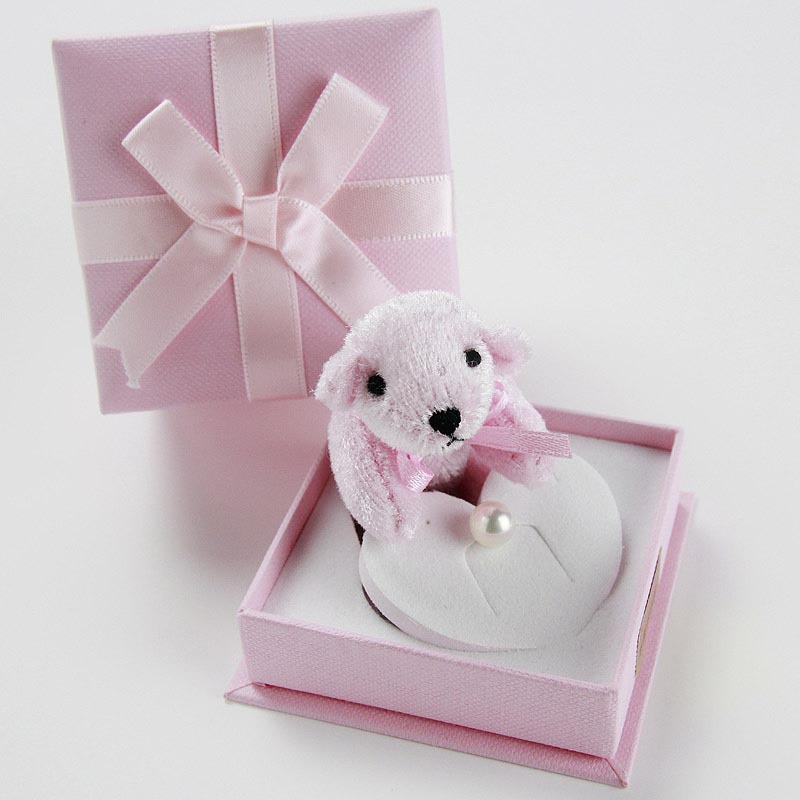 大切に育てた一粒の真珠7mm。可愛いケースに入れてお届け。一歳のお誕生日の記念のメモリアルプレゼントにメッセージカード付き【あこや真珠】