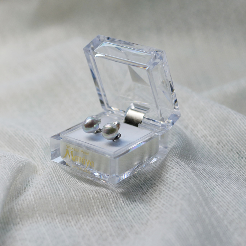 ペア珠探すの難しいナチュラル9�UPバロック真珠のピアス-A【ネット限定】