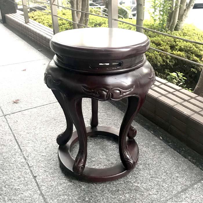 ウォールナットの猫脚サイドテーブル