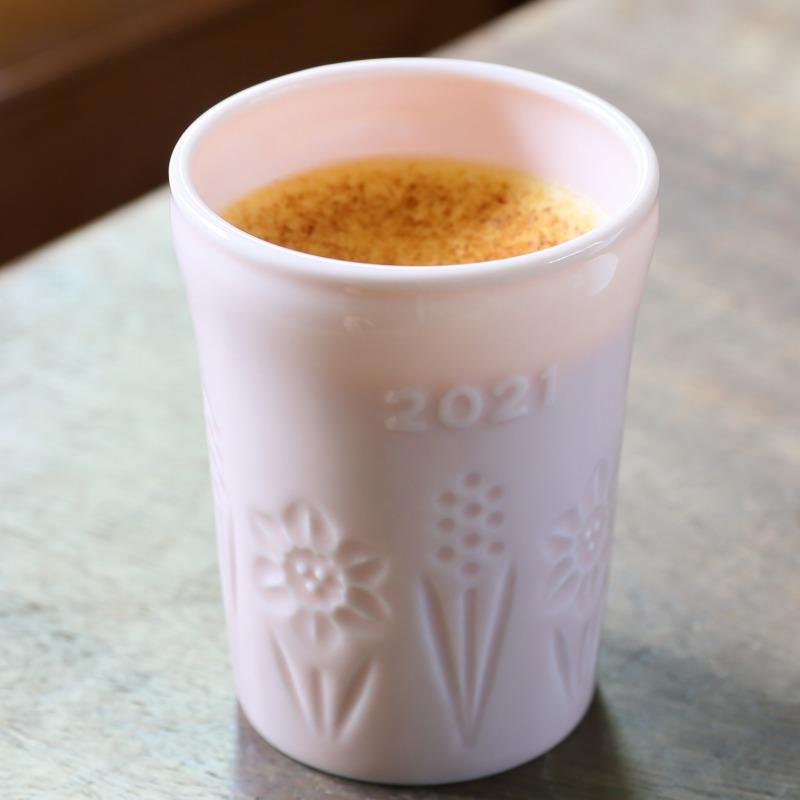 豪華化粧箱入り2021年紅白陶器プリンセット