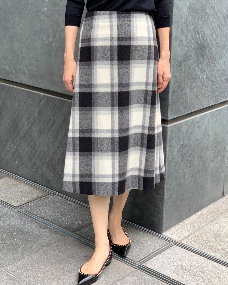 wool check monotone skirt