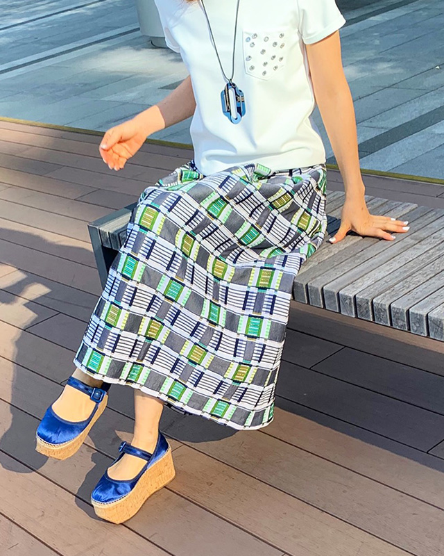 multi color gold thread skirt(blue)