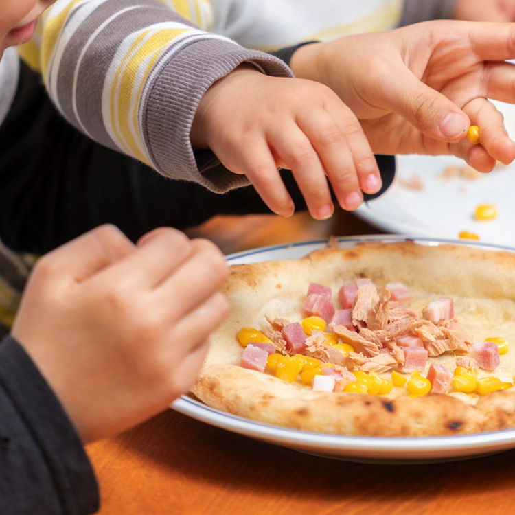 【数量限定特別価格】こどもピザ  こどもの日特別セット(こころとからだにおいしい、冷凍ミールキット)