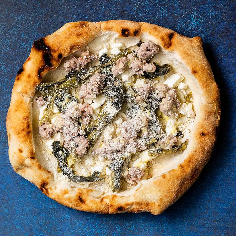 サルシッチャ(季節の青菜とサルシッチャのピザ)