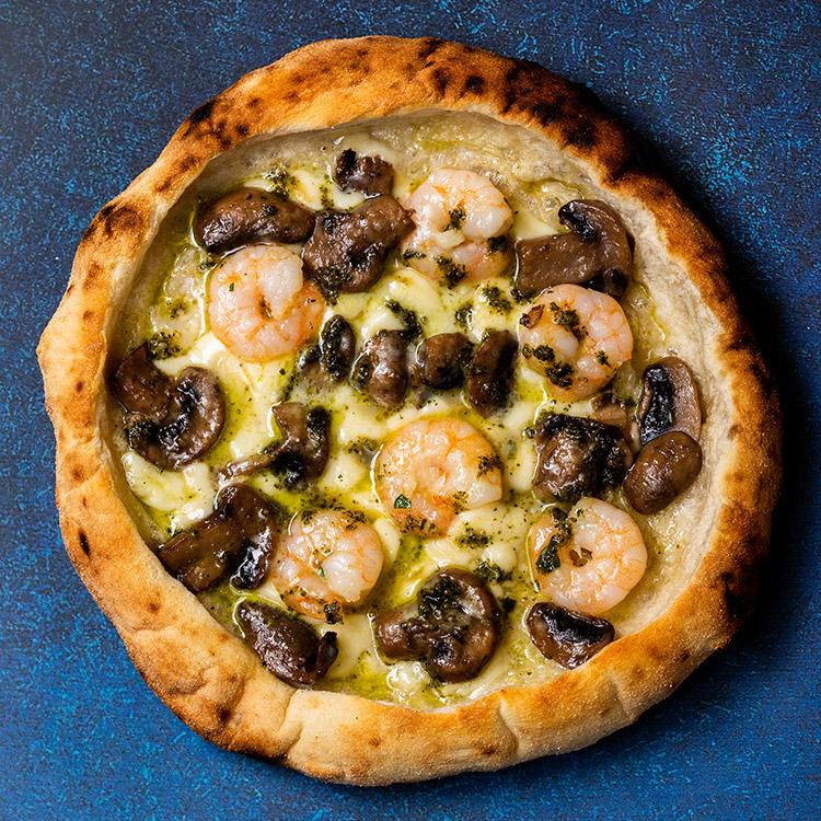 モンテ エ マーレ(ガーリックシュリンプとフレッシュマッシュルームのピザ)