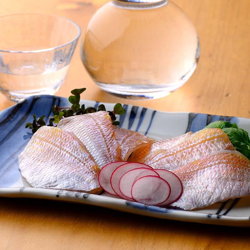 鯖缶詰膳(小鯛ささ漬・のどぐろささ漬・鯖味付缶・鯖八丁味噌煮缶)