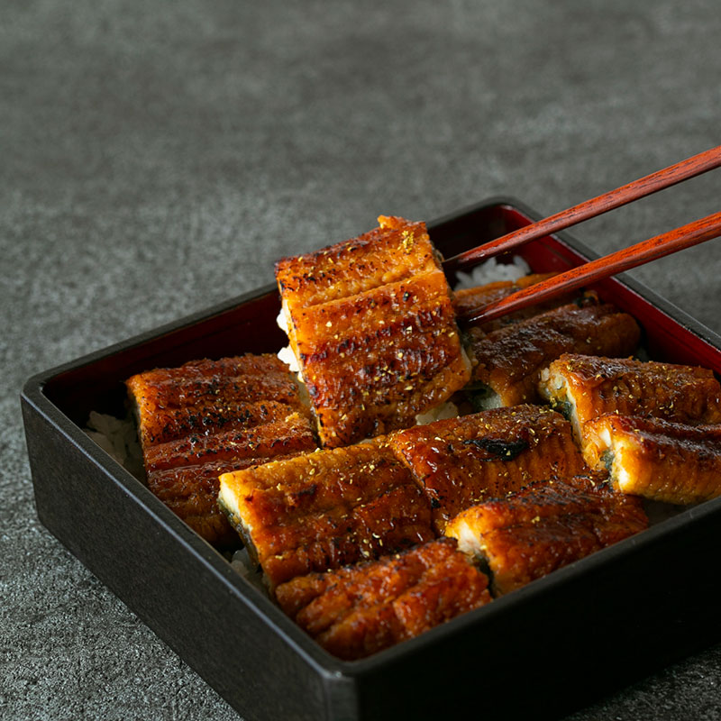 【送料無料】愛知県 三河一色 うなぎ蒲焼き 3尾