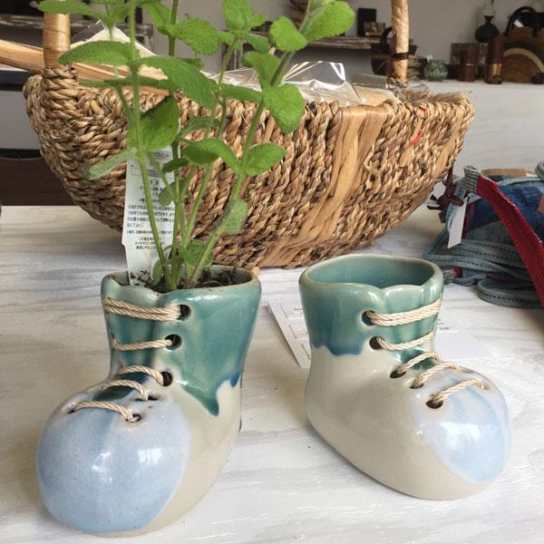 タイ雑貨 ブーツ型セラミックポット