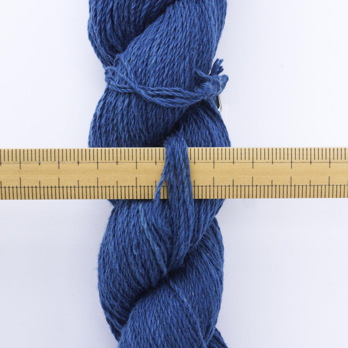 ガラ紡糸 317/2細番手糸 淡藍 20g