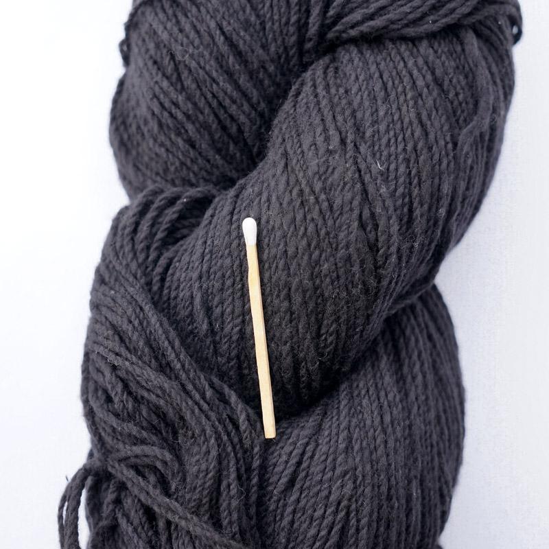 手つむぎ糸|417/2 カラー60色 漆黒