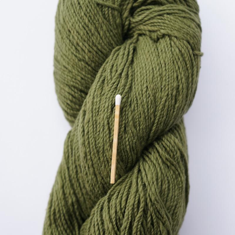 手つむぎ糸|417/2 カラー60色 苔色
