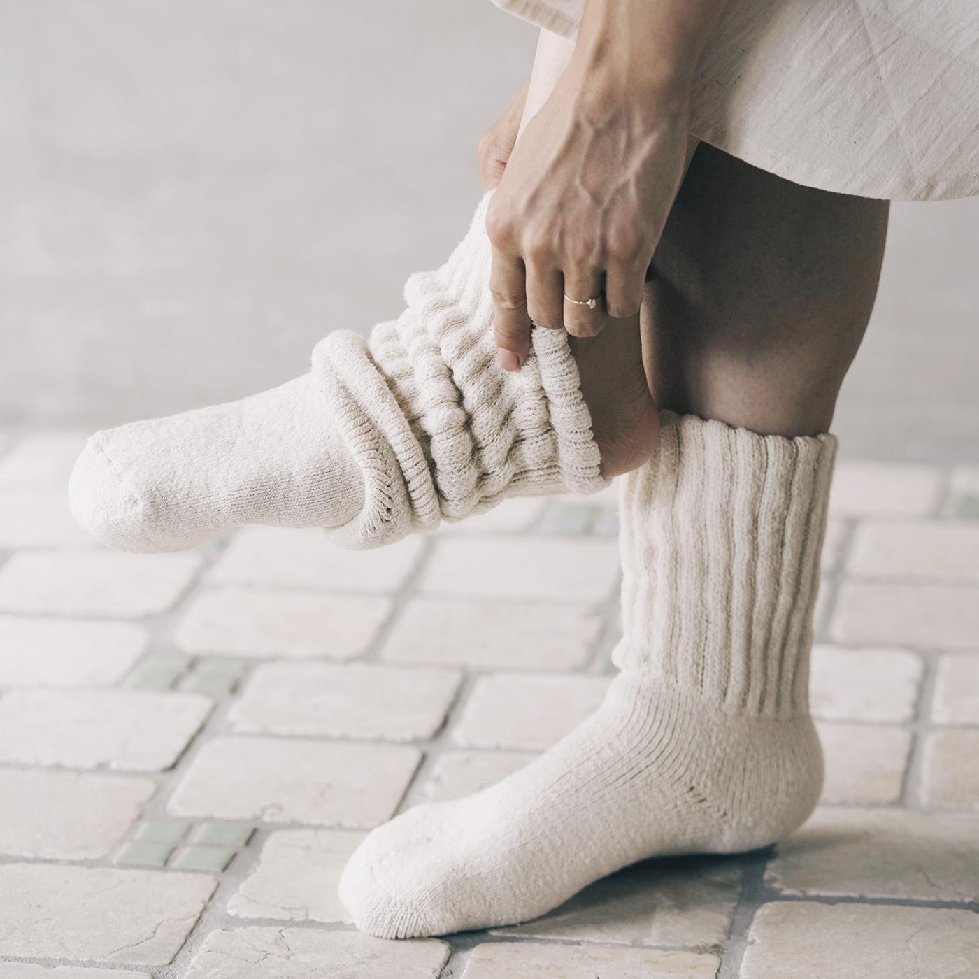 蒸れにくく快適!コットン製でこんなにも温かいなんて!|ガラ紡のくつろぎ靴下