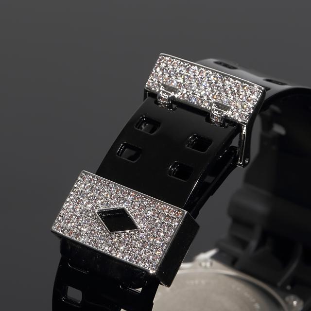 G-SHOCK カスタム GD100 バケットカット カスタム Gショック CZダイヤベゼル(キュービックジルコニア)バックル+尾錠カスタム 18Kホワイトゴールド