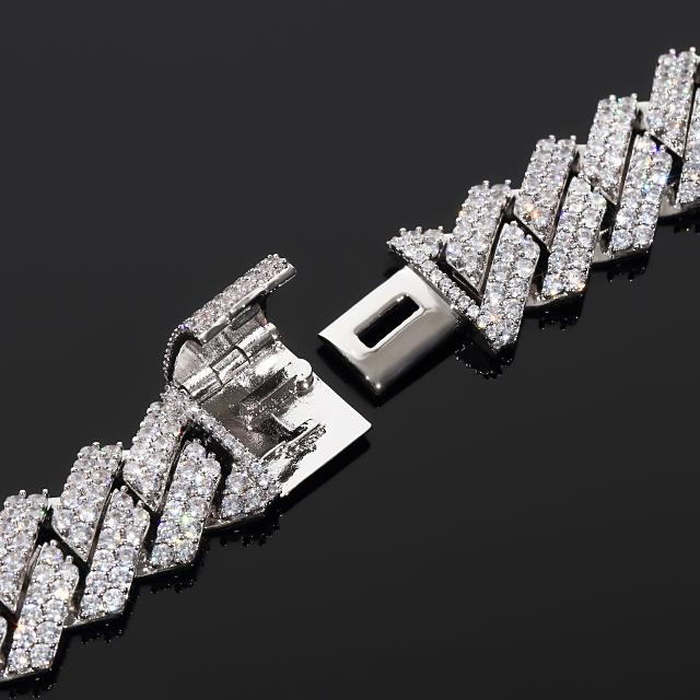G-SHOCK カスタム GA150 ホワイト マイアミキューバンカスタム Gショック ホワイトゴールド CZダイヤ(キュービックジルコニア)ガラスコーティング施工済