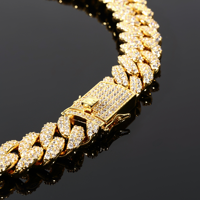 【超極太】【幅18mm x60cm】マイアミキューバンチェーン ゴールド ネックレス フルCZダイヤ(キュービックジルコニア)MIAMI CUBAN CHAIN 18K GOLD ギフト プレゼント 時計 メンズ レディース お祝い 誕生日