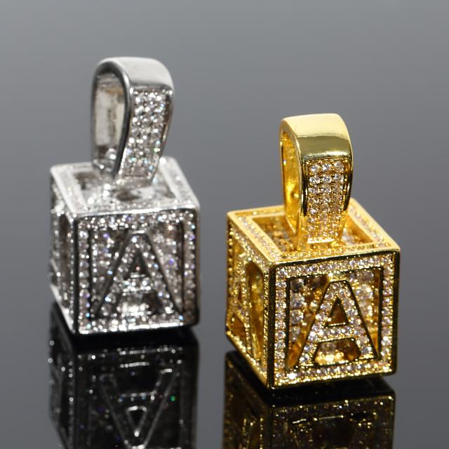 キュービック 3D ペンダント CZダイヤ(キュービックジルコニア)イニシャル A Cubic